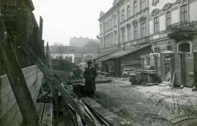 "Roadwork in front of ""Grazyna"" cinema"