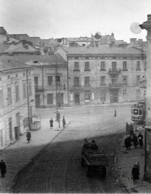 Crossroads of Zelena and Ivana Franka streets