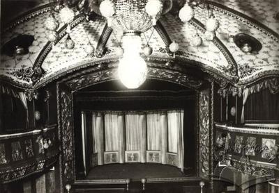 """Theater-variate scene """"Casino de Paris"""""""