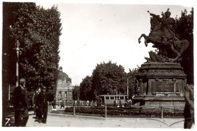 Monument to King Jan III Sobieski