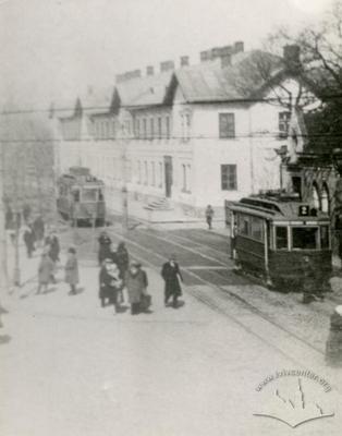 Tramcars on Chernivetska street