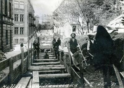 Construction of channel on Kotliarevskoho street