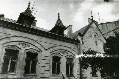 74 Antonovycha street
