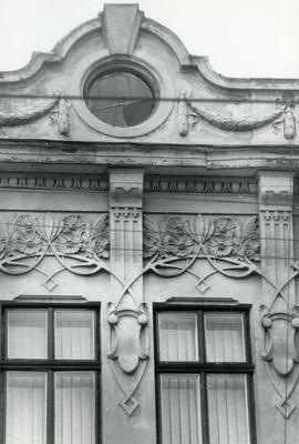 Facade Decor - Bandery Street