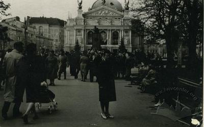 Проспект Леніна (тепер проспект Свободи)