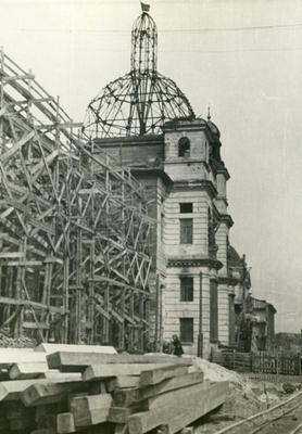 Postwar construction of the Railway station