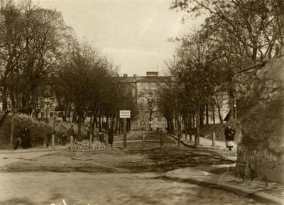 Вид на вулицю Підвальну та Губернаторські вали