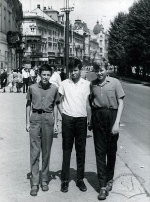 Boys on Shevchenka avenue