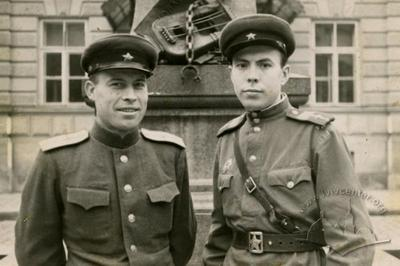 Officers of the the artillery in Lviv in 1944