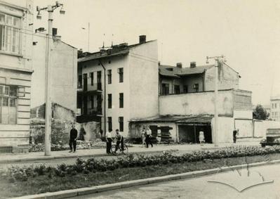 Destroyed old buildings on 700-ricchia Lvova street, 39-47 (Chornovola avenue now)