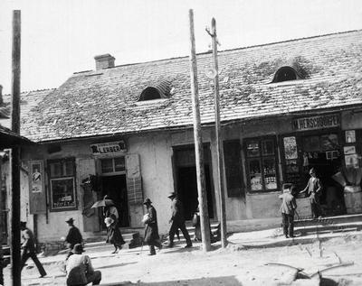 Jewish quarter. Stores in a buildings of Moisei Hersh Erdgaim