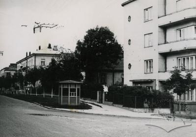 Наріжник вулиць Бой-Желенського та Гвардійської, 40