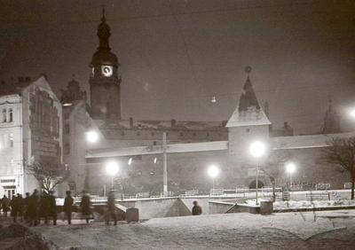 Radianska square and the underpass