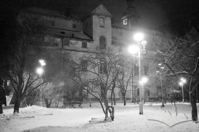 Winter view of the western side of Bernardine monastery