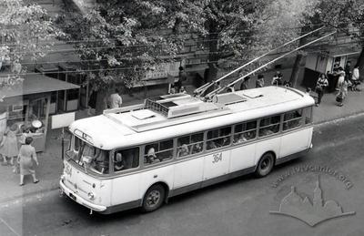 Trolleybus on Rustaveli steet