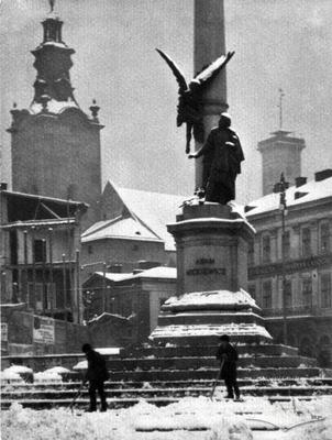 The Adam Mickiewicz monument in winter
