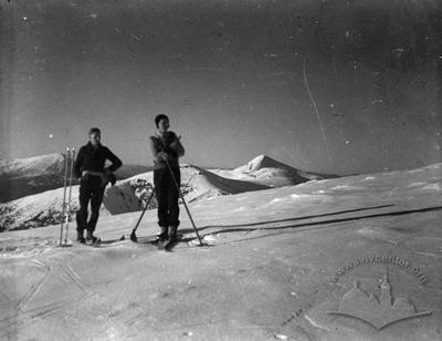 Lviv skiers on Carpathian ski trail