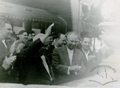 Зустріч М.С.Хрущова на львівському вокзалі