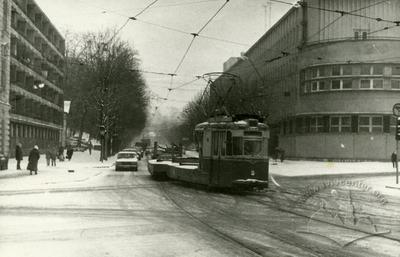 Auxiliary tramcar №011 on Dzerzhynskoho street (Vitovskoho street now)