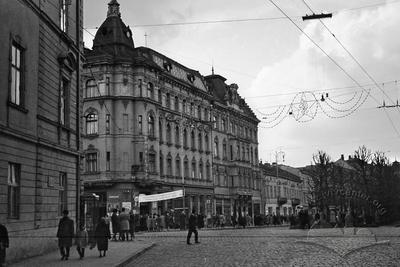 Shevchenko avenue