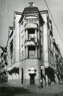24 Bandery Street