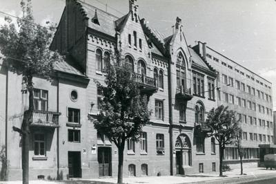 Building at 22, 24 Vitovskoho St.