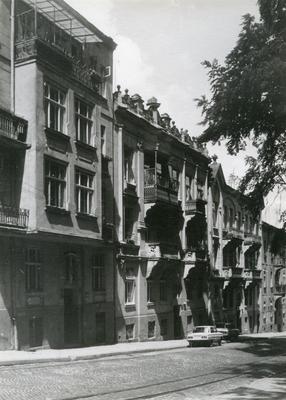 Buildings at 134, 136, 138 Franka St.