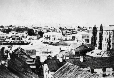 Khreshchatyk and the Dumska square