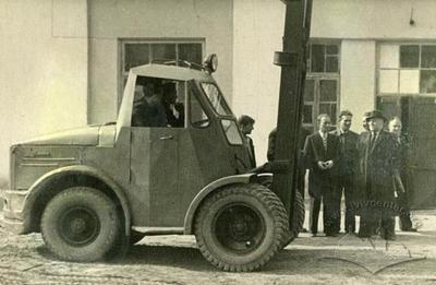 Minister of Transport Industry Visiting Lviv Power Lift Trucks factory