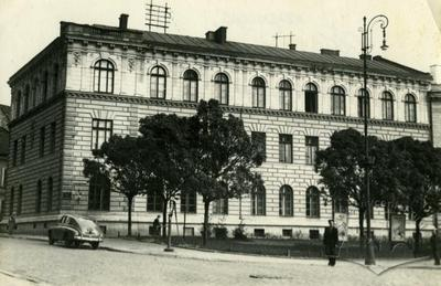 Building № 9 on Tarasa Shevchenka avenue