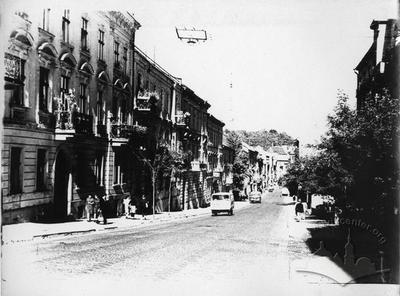 Doroshenka Street