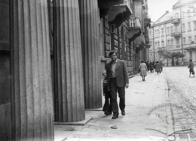 Saksahanskoho Street