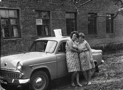 Portrait with the car