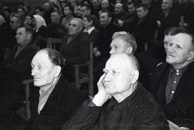 Збори сектантів в палаці культури заводу ім. Ілліча