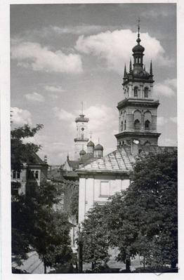 "View of city hall tower and Uspenska church tower, buildings of ""Dnister"" and the second gymnasium"