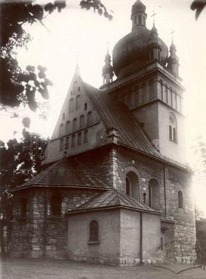 View of Pyatnytska church from Northeastern side