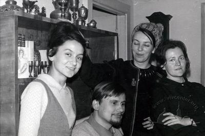 Iryna and Ihor Kalynets with their friends in an apartment at Kutuzova street (Tarnavskoho street now)